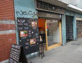 Barrio Lastraría store front