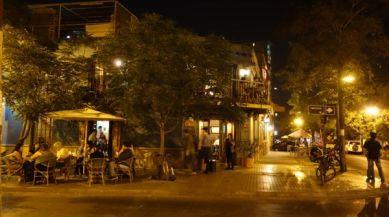 Barrio Lastraría dining al fresco