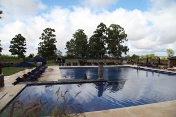 Four Seasons Carmelo pool