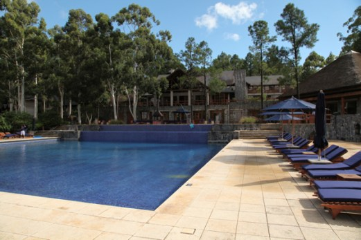 Four Seasons Carmelo pool corner