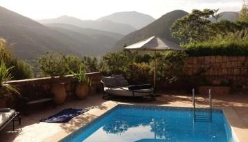 Kasbah Tamadot Master Suite pool