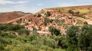 The road to Kasbah Tamadot