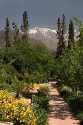 Kasbah Tamadot pathway