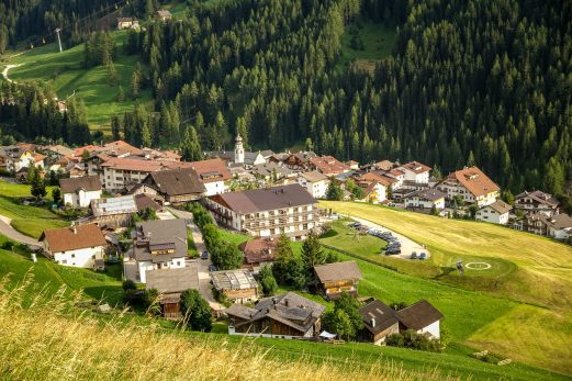 San Cassiano from above