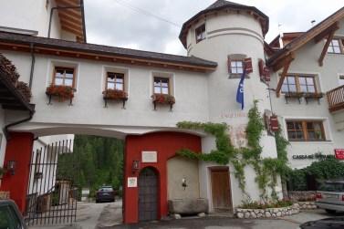 Hotel Rosa Alpina building