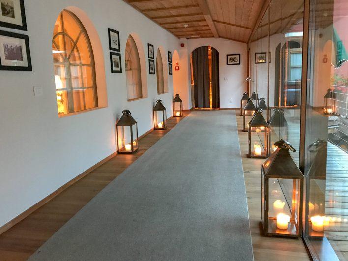 Rosa Alpina hallway candles