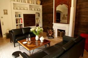 Bastide de Moustiers master suite sitting area