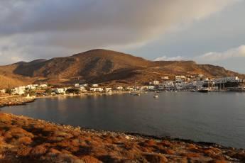 Under the radar Folegandros port