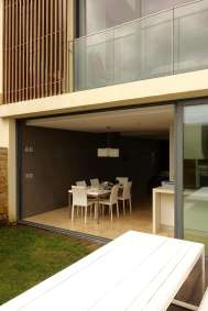 Areias do Seixo sliding door