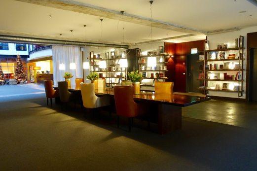 Gastwerk Hotel Hamburg meeting table