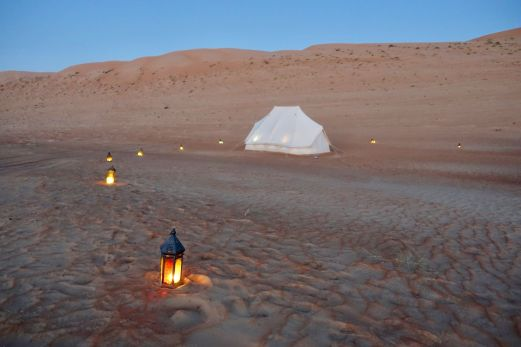 But my travel agent @scottdunn_travel recommended a new Oman upstart called Canvas Club Tents, a 3 year old German-based company. What makes them different is they reserve the camp just for your group, while the others can billet 20, 30 or 50 or more people. You have the whole posh camp to yourselves.