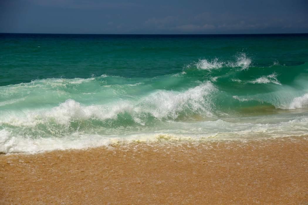 Praia da Gale-Fontainhas waves