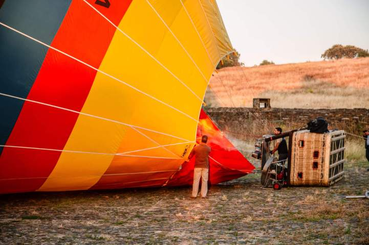 Monsaraz balloon crew