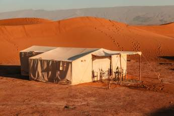 Dar Ahlam tent in sun