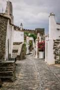 narrow street Monsaraz
