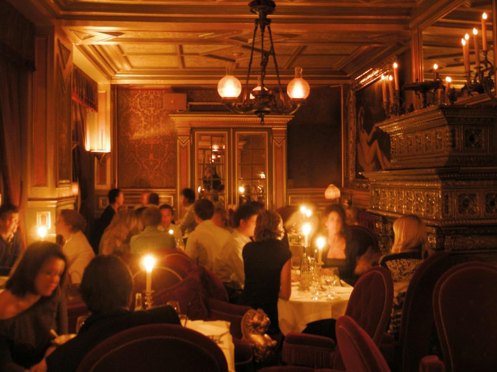 Candlelight at Hotel Costes dining