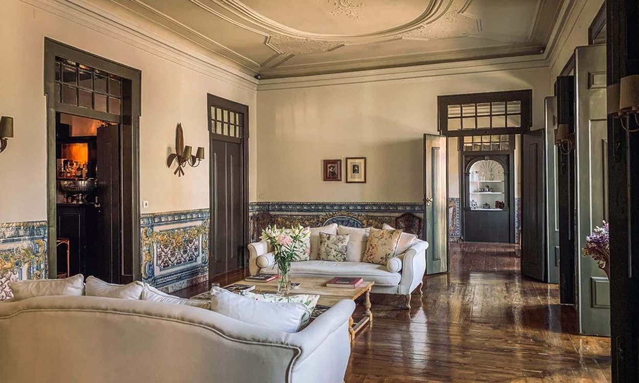 Palacio Ramalhete sitting area
