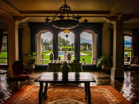 Patios de Cafayate lobby view
