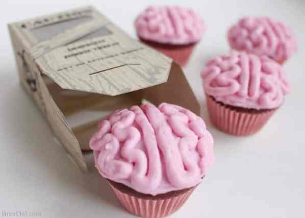 Healthy halloween treats: brain cupcakes!