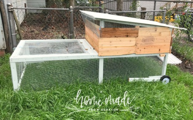 how to build a mobile chicken coop