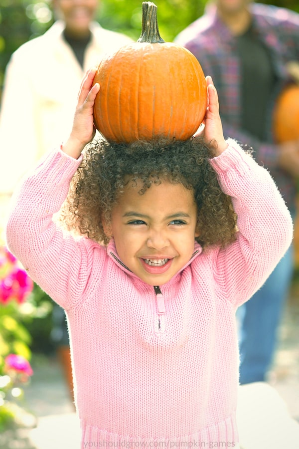 girl playing pumpkin games
