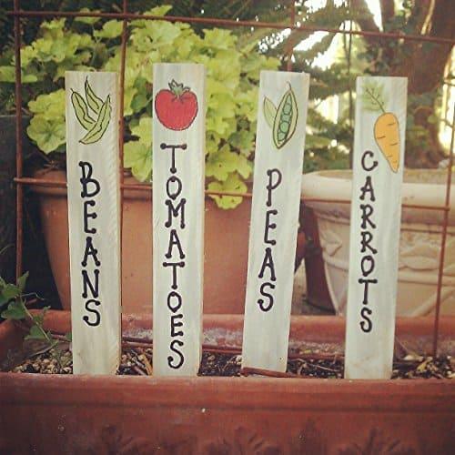 Garden decor. Garden markers