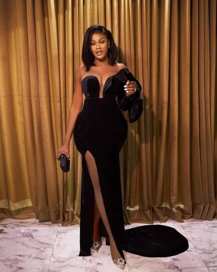 black color asoebi gown