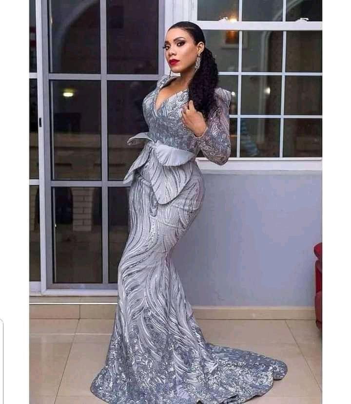 silver asoebi styles for wedding