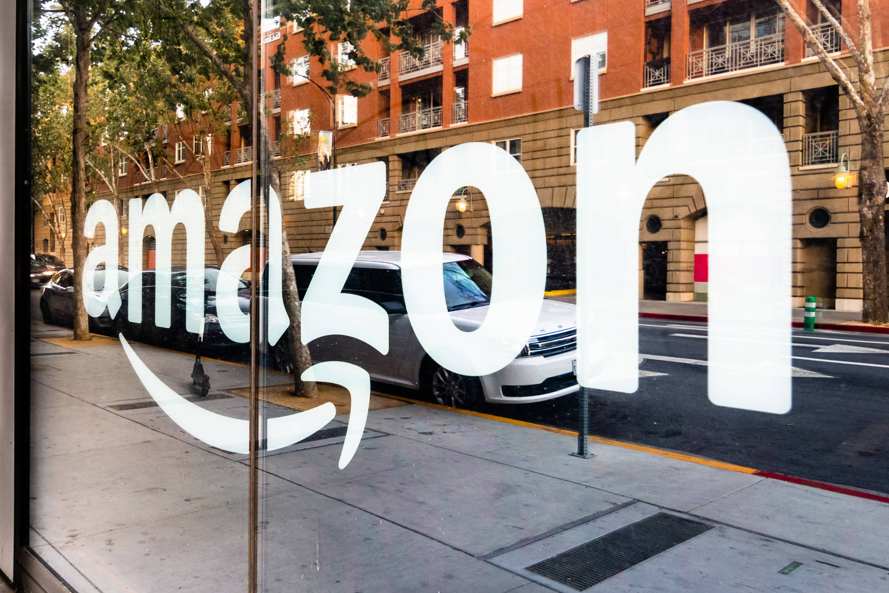 Amazon reaches an all-time high – is it too late to buy shares?