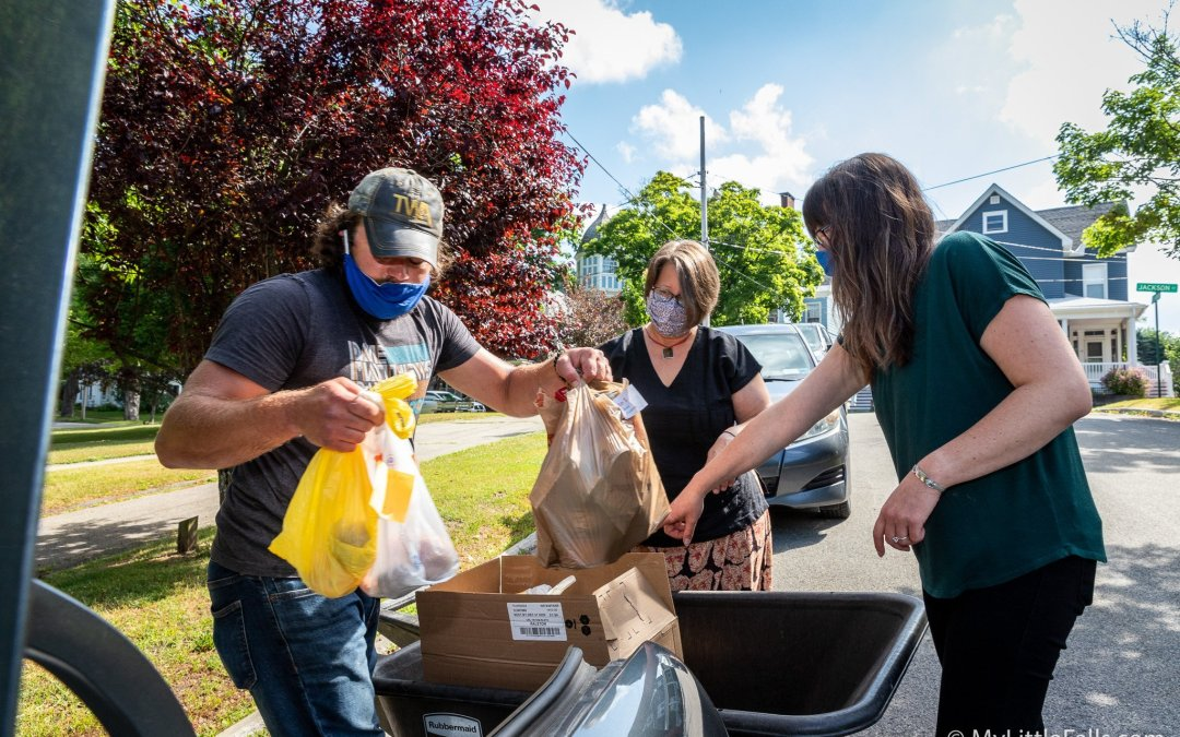 Little Falls Organizations and Volunteers Deliver Summer Meals for Kids