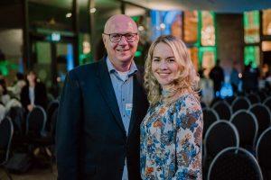 Dirk Luenzer und Maxine Schiffmann von YBG