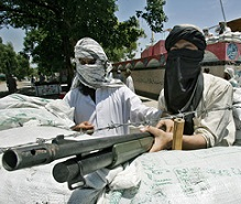 lal_masjid_students_in_sandbagged_p