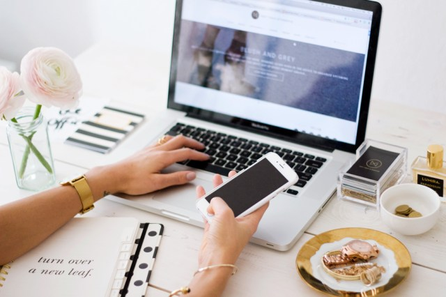 como criar um blog de graça
