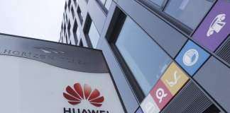 Poland: Huawei ex-exec, expert accused of spying for China