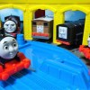 Accidents will happen Thomas & Friends!Departure from the storehouse!for kids yupyon