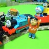 Thomas and Doraemon run away from the Hurricane!Because derailed by Thomas!for kids!yupyon