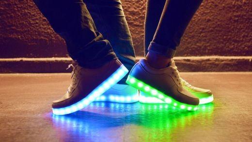 ışıklı ayakkabı