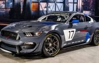 Canavar Ford Mustang Lastik Yaka Yaka Yarışıyor!