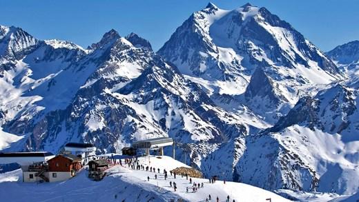 Fransız alplerinde kayak keyfi