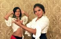 İki Dansçı Kadın Ve Muhteşem Bileşim