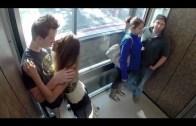 Asansörde Öpüşen Çifte Verilen Tepkiler