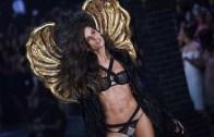 Izabel Goulart 2005-2015 Arası Victoria's Secret Defileleri