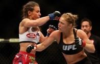 UFC'de Kadınlardan Enfes Karşılaşma (Heyecan Dorukta)