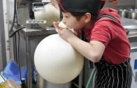 Pratik Yapımıyla Yumurtasız ve Fırınsız Kek Tarifi