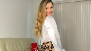 Leopar Desenli Elbise Şovu ile Valentina Karşınızda!