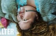 The Colour of Your Lips – Kan Donduran Kısa Korku Filmi