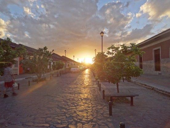 La superbe ville coloniale de Granada au Nicaragua photo blog voyage tour du monde travel https://yoytourdumonde.fr