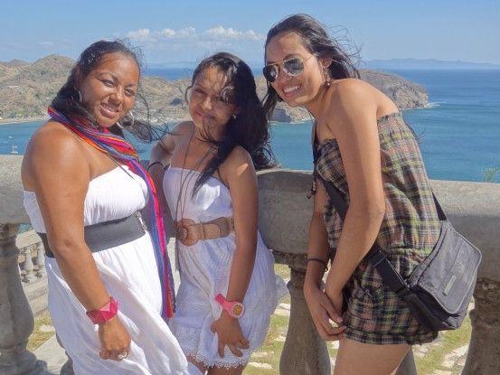 Femmes évangélistes à San Juan Del Sur au Nicaragua photo blog voyage tour du monde travel https://yoytourdumonde.fr