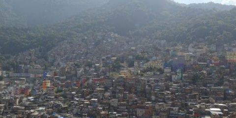 bresil-rio-janeiro-favela