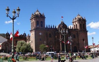 perou-cuzco-plaza-armas-inca-voyage-travel
